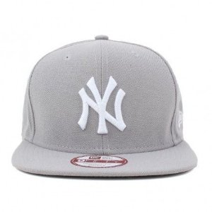Boné New Era 9Fifty New York Yankees Cinza OF Snapback