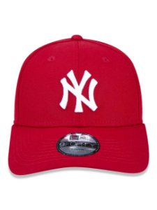Boné New Era 9Fifty Youth MLB NY Yankees Scarlet Ajustável