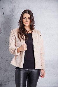colete e casaco de pelo bege Coleteria