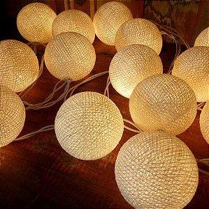 Cordão de Luz com 15 Bolinhas de Algodão G60 3000K 2,8M
