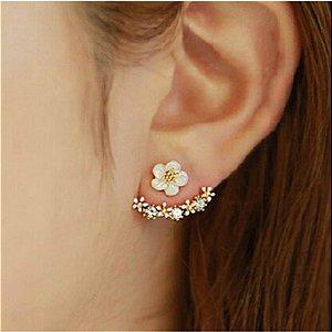 Brincos tipo Flores de Cerejeira cristal dourado