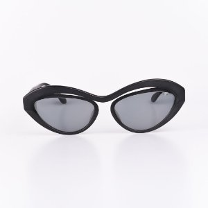 Óculos Solar Feminino Robert La Roche Preto Fosco com Lente Fumê - RROCSMOD100