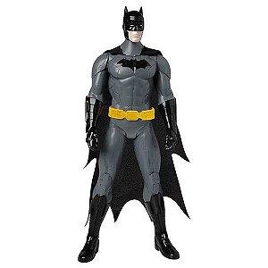 Boneco Batman 35cm com Som Fala Frases - Candide