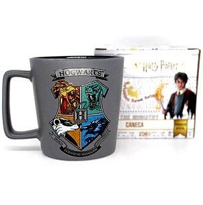Caneca Buck Hogwarts 400ML: Harry Potter - Zona Criativa