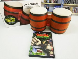 Donkey Kong: Jungle Beat + DK Bongos - Gamecube (usado)