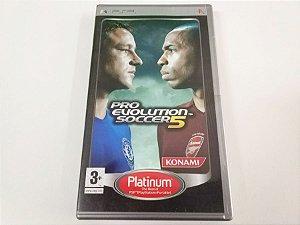 Pro Evolution Soccer 5 - PSP (usado)