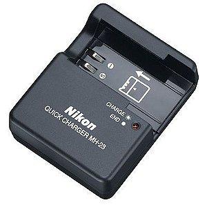 Carregador Nikon MH-23 para Bateria Nikon EN-EL9a / EN-EL9