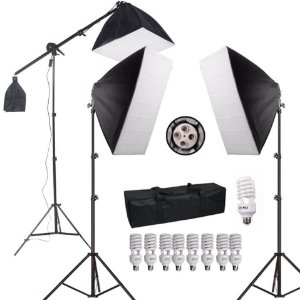 KIT ILUMINACAO PK-SB03 110V 1 GIRAFA+2 TRIPES 2MT+8LAMPADAS 45W+1 LAMPADA135W+2SOFTBOX50X70+1SOFTBOX40X40+1BOLSA