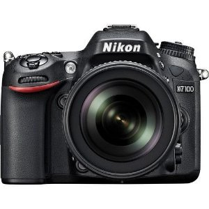 Câmera Nikon D7100 Kit com Lente Nikon AF-S 18-105mm f/3.5-5.6G VR