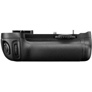 Pacote de Bateria Nikon MB-D14 Multi Power Battery Pack para câmeras Nikon D600 / D610