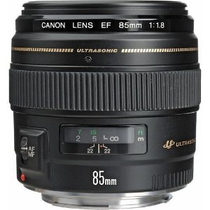 Lente Canon EF 85mm f/1.8 USM com parasol Canon ET-65III