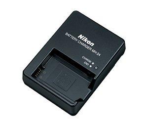 Carregador Nikon MH-24 para Bateria EN-EL14 / EN-EL14a câmeras Nikon D3100 / D3200 / D5300 / D5500