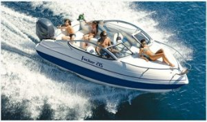 Lancha Focker 215 + Yamaha F150DETL  + Carreta + Montagem e Acessórios Básicos