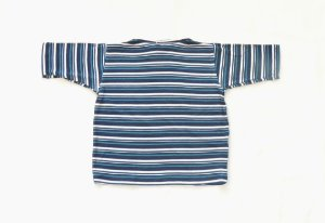 Blusa gola canoa listrada azul escuro