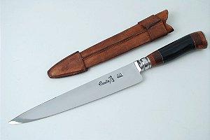 Faca Criolla 10 polegadas cabo em chifre de búfalo e madeira nobre