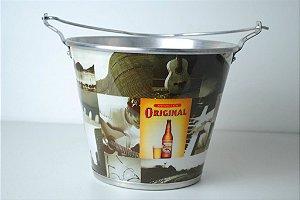 Balde em alumínio com abridor nas alças modelo cerveja  Original