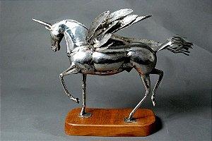 Escultura Cavalo alado