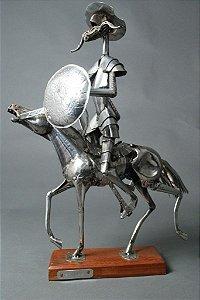 Escultura em aço inox com solda
