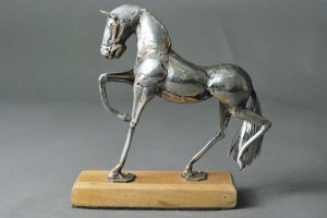 Escultura Cavalo em inox e solda