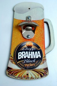 Abridor de garrafa de parede Brahma Black