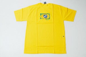 Camiseta do Brasil com estampa bordada