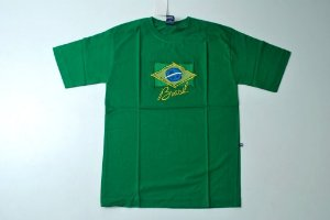 Camiseta bordada do Brasil