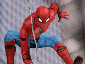Homem aranha De volta ao lar One:12 Collective Mezco Toyz Original