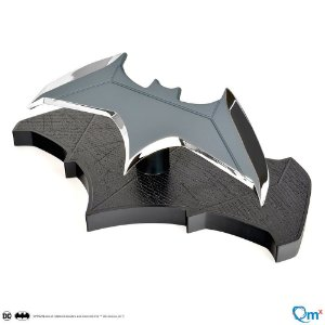 Batarang Batman Prop replica Quantum Mechanix Original