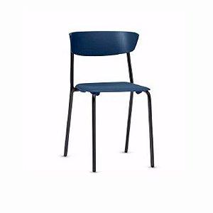 Cadeira Empilhável Bit Assento Encosto Injetado Estrutura em Aço