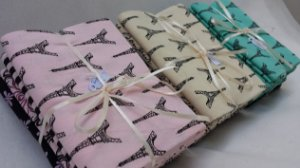 """Kit """"Bonjour Paris"""" com 06 tecidos de 50cm x 75cm (cada tecido) da Fabricart"""