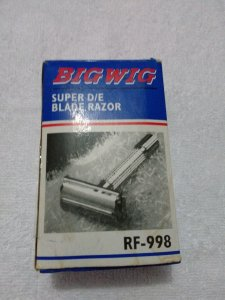 Aparelho Barbear Metal c/ Lâmina BigWig Ref.998