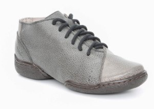 Bota Feminina cano curto em couro Wuell Casual Shoes -  MC 1300 - cinza