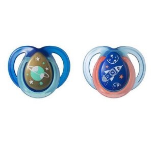 Kit 2 Chupetas Night Time Tommee Tippe (0 - 6 Meses)