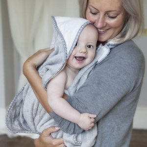 Toalha Cuddledry Infanti Cinza