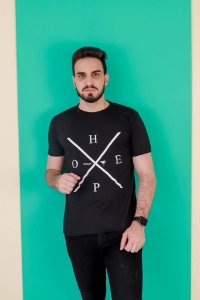 Camisa HOPE X (cor preta)