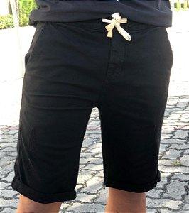 Bermuda masculina preta