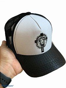 Boné leão branco