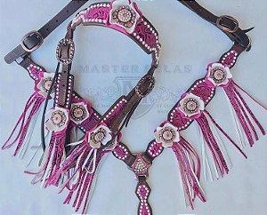 Conjunto de Peiteira e Cabeçada rosa com Franjas, strass e Margaridas