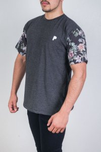 Camiseta Grey Flower