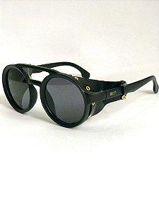 Black round leather