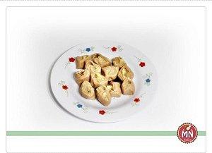 1/2 kg Tradicional de Chocolate recheada de docinho de coco beijinho Prestígio