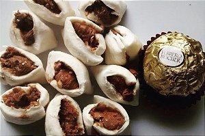 500 g Bala de coco tradicional com recheio de Ferrero Rocher