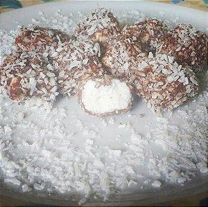 500 g Tradicional com cobertura de chocolate com coco ralado