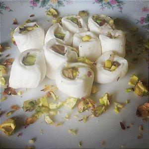 Tradicional com recheio de brigadeiro de pistache
