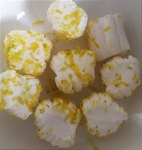 1/2 kg tradicional com raspas de limão siciliano