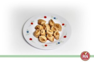 Bala de Coco Tradicional de Chocolate com Brigadeiro