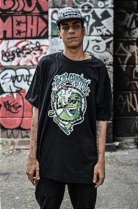 Camiseta Real Grapixo collab AK 47 - Preto/Branco