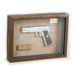 Quadro Retro Pistola Colt M1911 Calibre .45 AC Prata