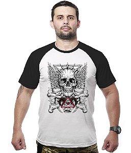 Camiseta Raglan Illuminati Skull