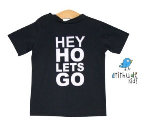 Camiseta Hey Ho Lets Go - Preta